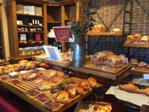 パン売り場画像
