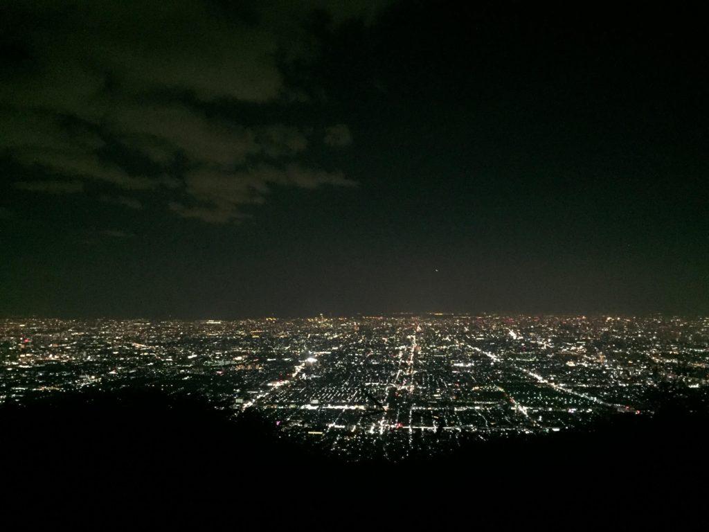 ぼくらの広場から見える夜景