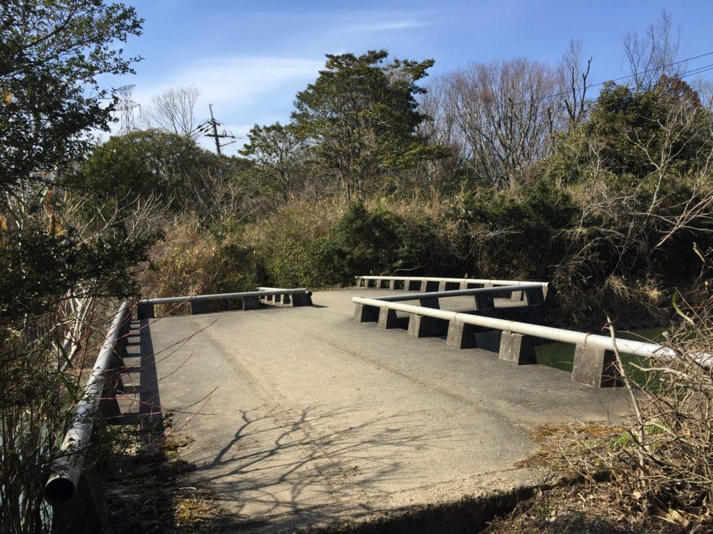 徒歩ルートにある橋画像